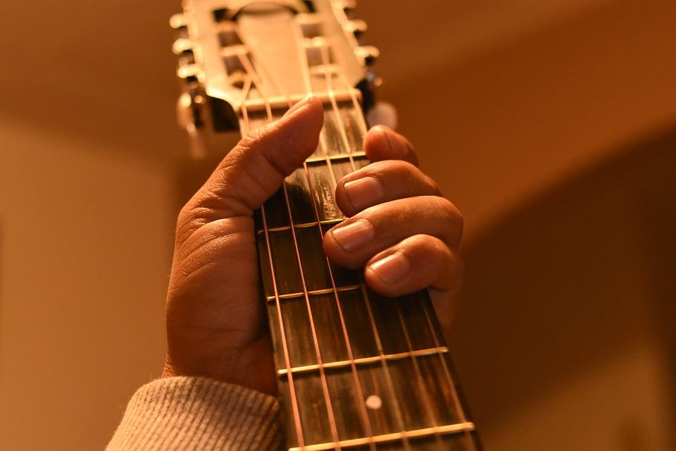 Comment apprendre la guitare seul latest comment apprendre la guitare lectrique with comment - Apprendre la guitare seul mi guitar ...