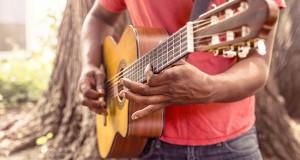 pourquoi-apprendre-jouer-guitare.png
